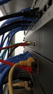 network-2415988_960_720